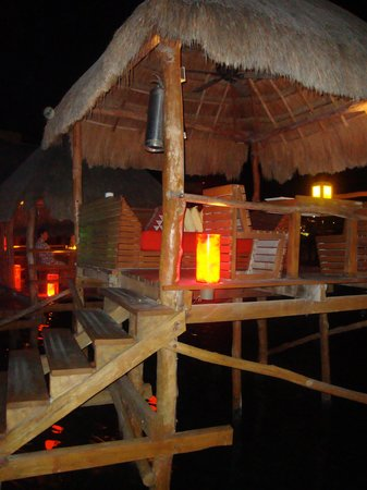 Thai Lounge: the private cabana