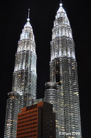 Hotel Maya Kuala Lumpur: view from the window in the room (open)