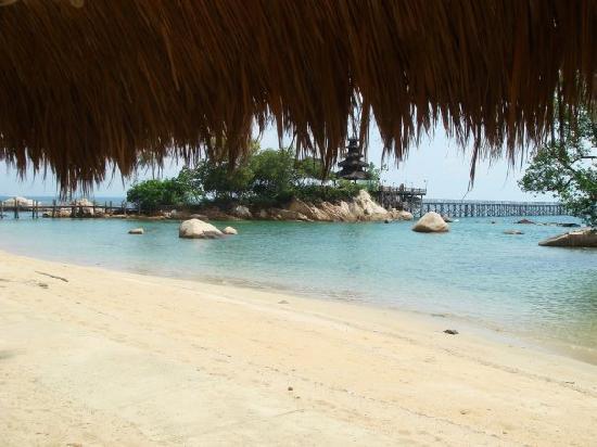 Turi Beach Resort: The beach