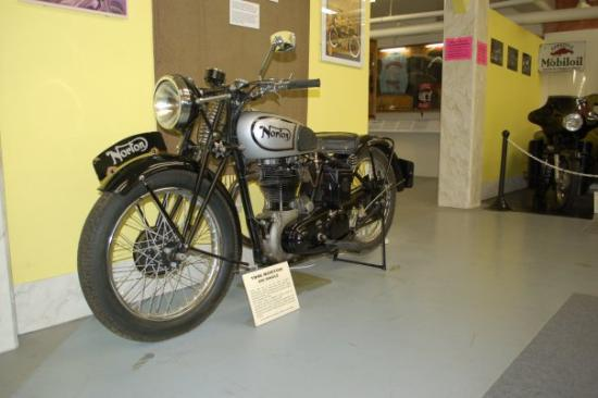 Sturgis Motorcycle Museum & Hall of Fame: Norton