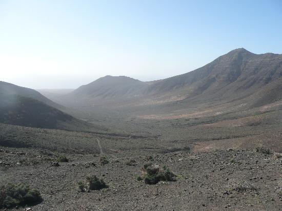 """Playa de Cofete: La Gran Valle depuis le """"col"""".(2010-01-19)"""