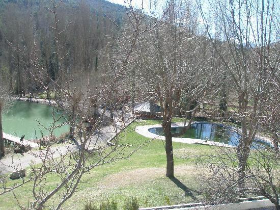 Hotel Rural Noguera de la Sierpe: el paisaje y el lago muy xuloooo