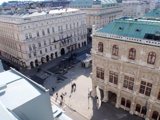 Hotel Sacher Wien : Vue de gauche de la 702