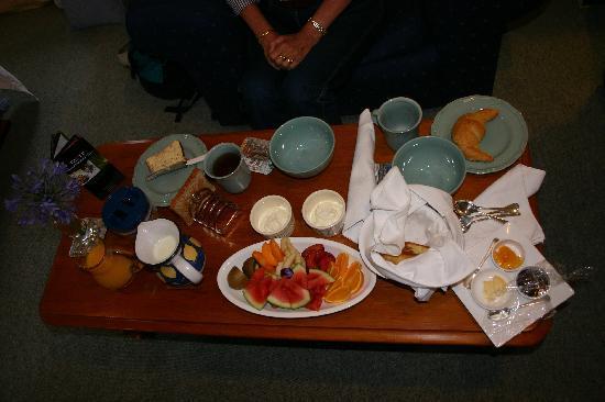 Hillsfield House Bed and Breakfast Marlborough: Breakfast