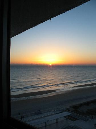 The Suites at Americano Beach: sunrise