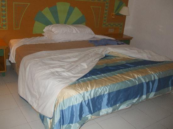 Occidental Lanzarote Mar: biggest bed ever