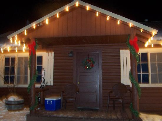 Three Bears Lodge: our cabin at Christmas