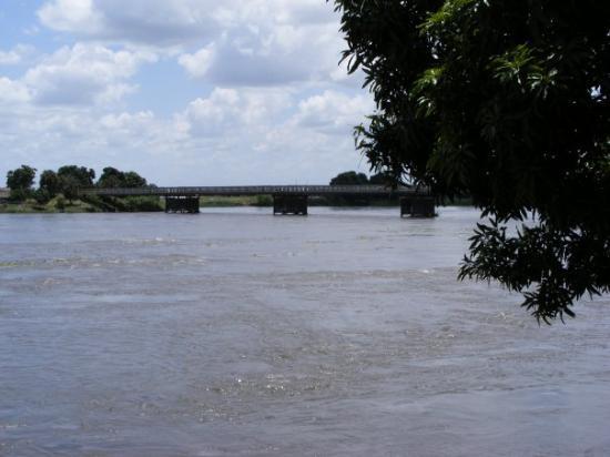 Juba, South Sudan: Nile Bridge