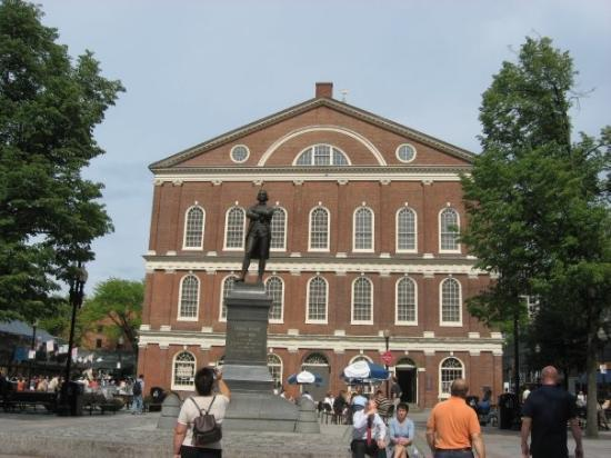 Quincy Market (South Market) - Picture of Faneuil Hall ...