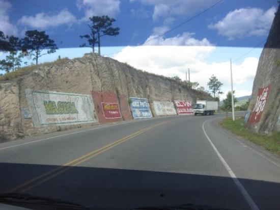 Tegucigalpa, Honduras: Honduran advertising.