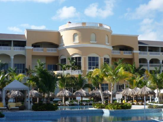 Iberostar Grand Hotel Rose Hall: view of the central part of resort