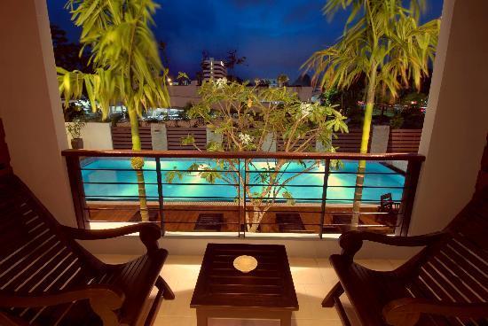 Baan Suwantawe: Balcony