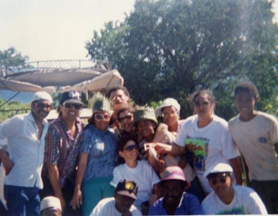 Moroni, Comoros: The Commores Island.Issy.Elspeth.Mark Daniels,Ibrahim Petersen.Feroza.Ezme.Ibrahims'wife.Emerald