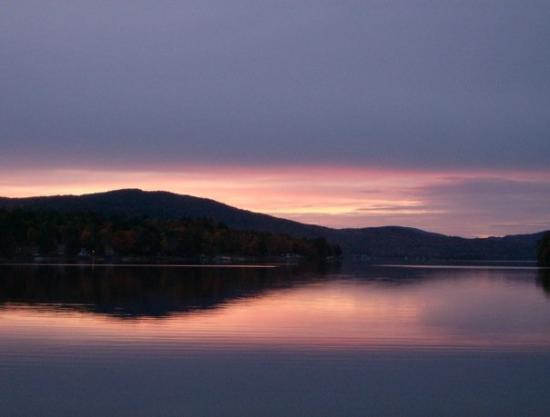 Newfound Lake : A perfect Pasquaney sunset.