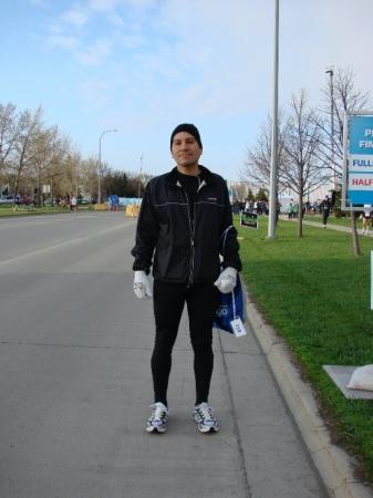 Fargo Marathon: Before the marathon. It was cold, about 35 degrees.