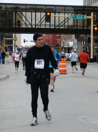 Fargo Marathon: Mile 21. Things are starting to get tough!