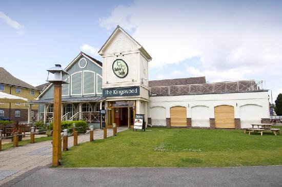 Kingswood Bar And Restaurant