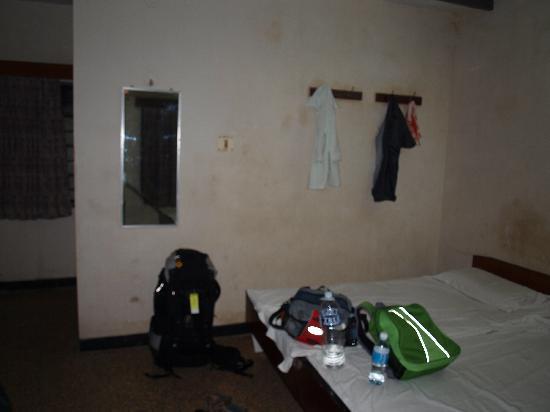 Regent Hotel: room
