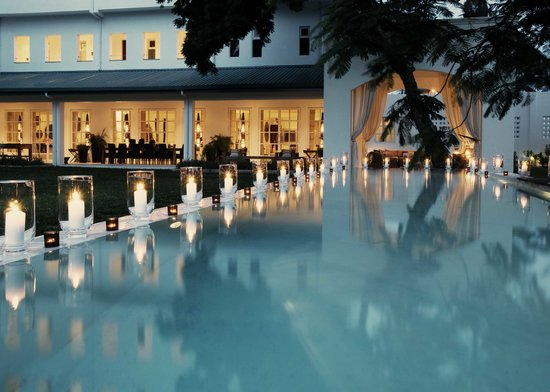 The Oyster Bay Hotel : The Oyster Bay Swimming Pool