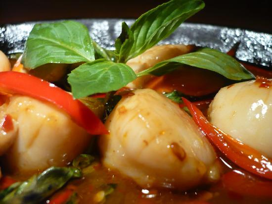 Chilli Banana Thai Restaurant: Spicy fresh Scottish Scallops!