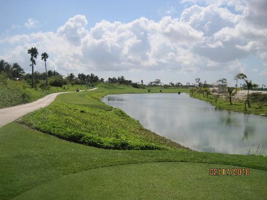 Iberostar Grand Hotel Bavaro: Golf Course