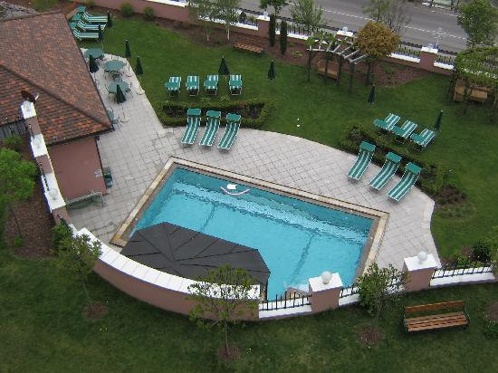 Cavallino Bianco Family Spa Grand Hotel: Piscina esterna riscaldata