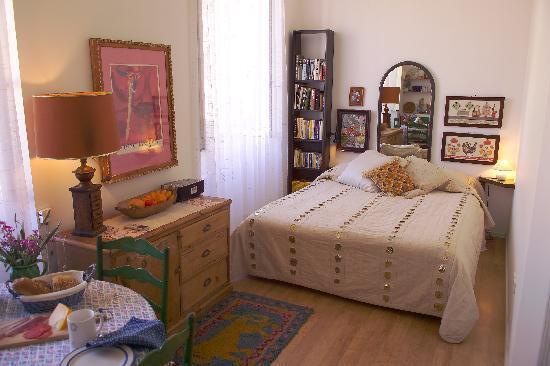 Karmen Apartments