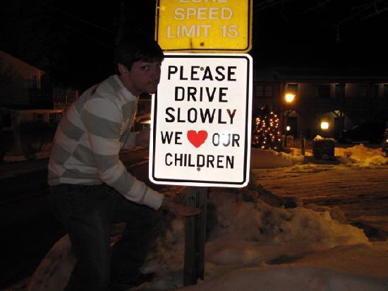 ذا هومستيد إن: We love our children, too!