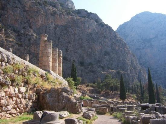 Delfiruinene: Delphi
