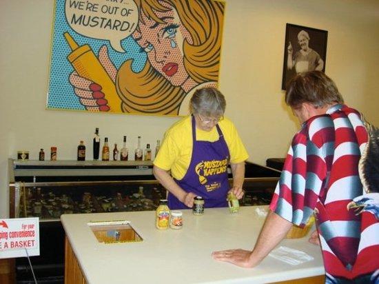 National Mustard Museum : Keep 'em coming!