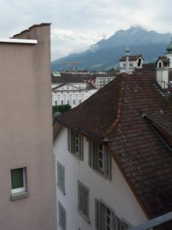 Boutique Hotel weisses Kreuz: Rooftops in Lucerne- view from hotel