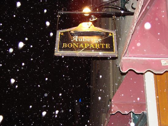 Auberge Bonaparte: Entrance Sign