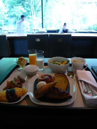 Arcana Izu: breakfast  day1