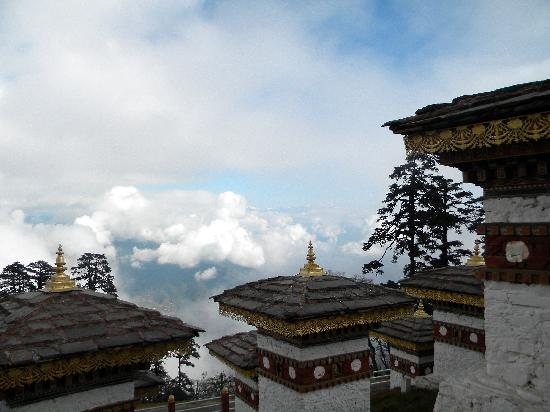 Punatsangchhu Cottages: Hiking above the clouds in Bhutan