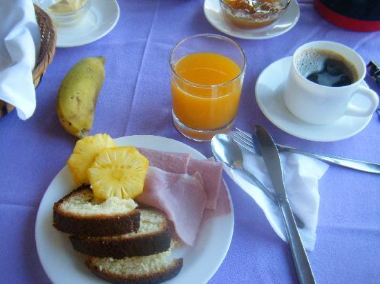 O'tai Hotel: 朝食