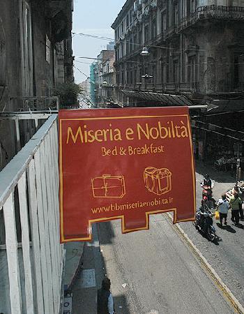 Miseria e Nobilta Bed and Breakfast : Balcony view