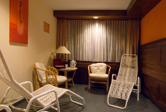 Hotel Alfa: Rest room