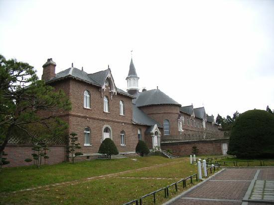 Trappistine Monasteries: 教会
