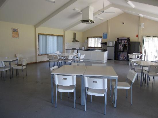 Discovery Parks - Barossa Valley: Hall/Kitchen