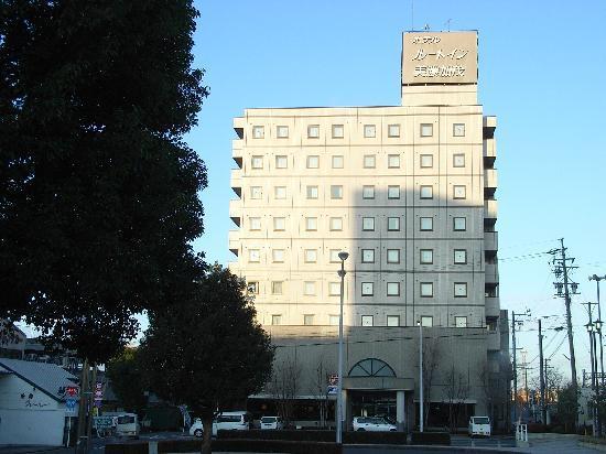 Hotel Route-Inn Minokamo: ホテル全景