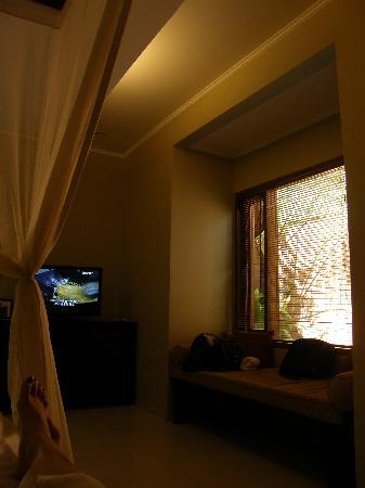 The Kunja Villas & Spa : TV with lotsa channels =)