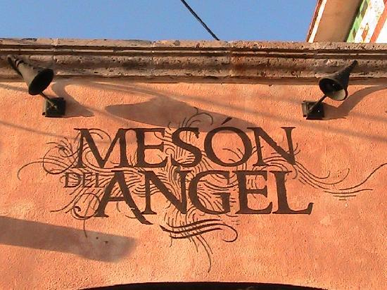 Meson Del Angel: Edifice