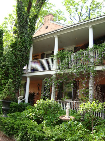 Porches on the Towpath: the front of Porches