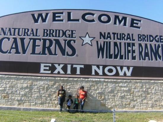 Bilde fra Natural Bridge Caverns