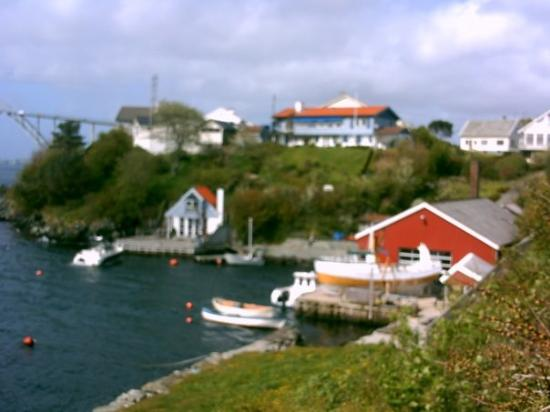 Haugesund, Norge: the view from one of doug's neighbours house