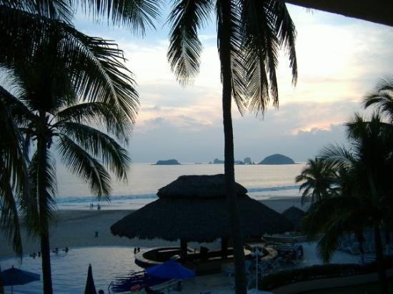 Posada Real Ixtapa: view from my room at the Best Western Posada Real in Ixtapa