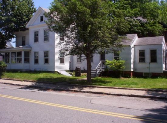 Amesbury, MA: Elm Street
