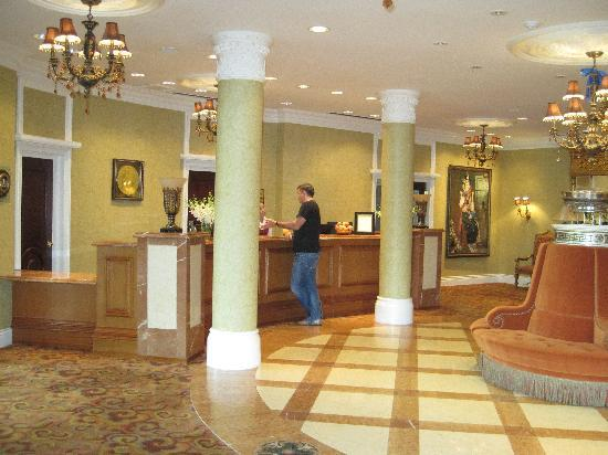 Terelj International Resort and Spa Hotel: Lobby
