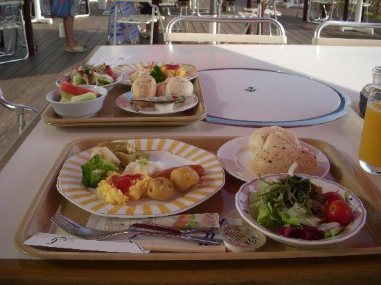 Hotel Izukyu: 朝食ビュッフェ