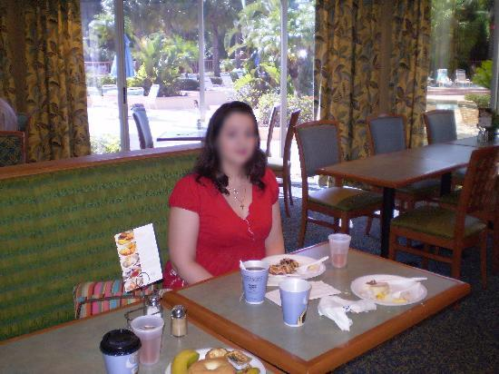 Comfort Inn Orlando/ Lake Buena Vista: Breakfast Dining Area